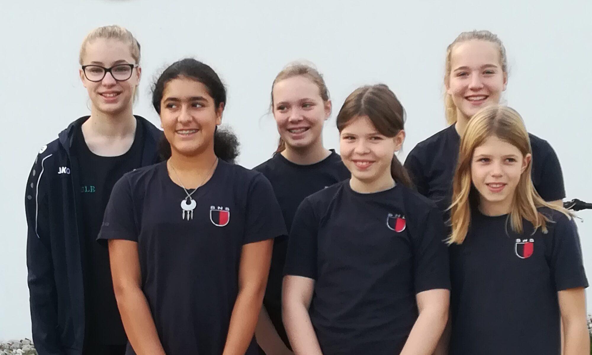 Die 6 Siegener Schwimmerinnen